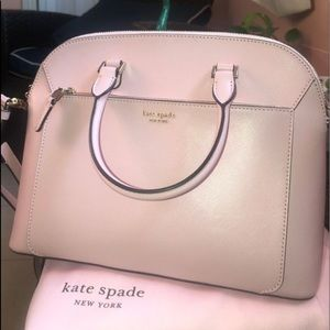 Kate spade purse (medium)